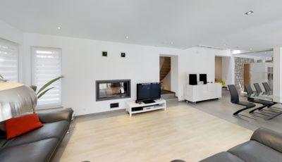 Maison entièrement rénovée à Bois-et-Borsu 3D Model
